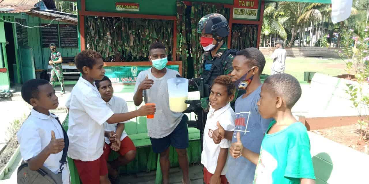 Satgas Yonif 131 Siapkan Minuman Bergizi Bagi Anak Perbatasan