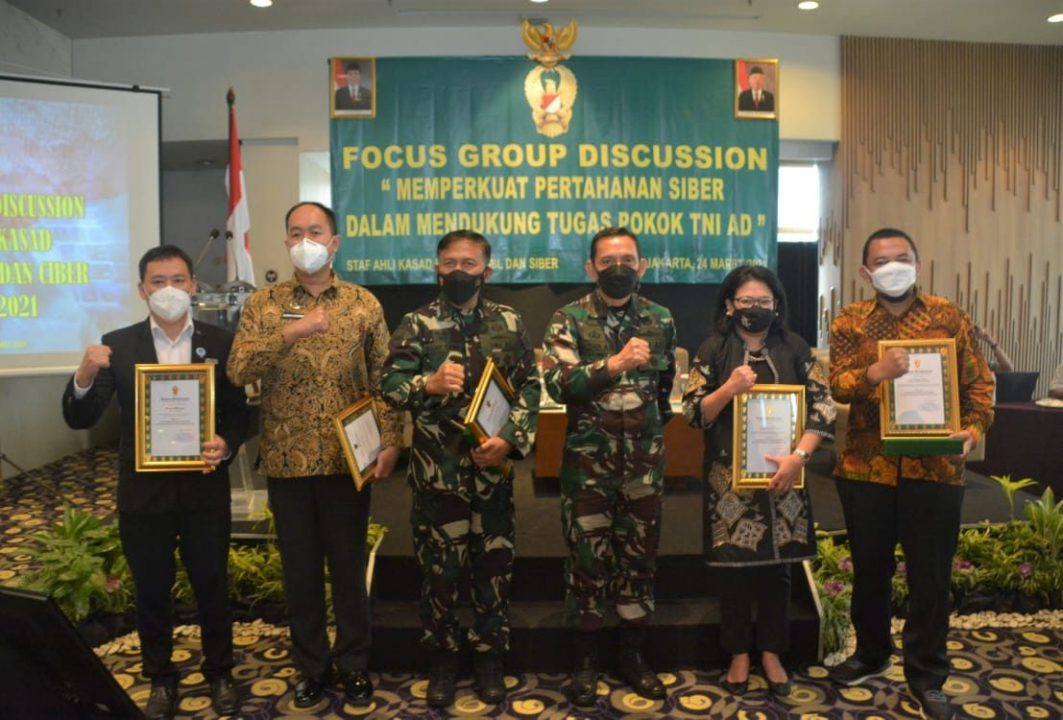 Sahli Kasad Gelar Focus Group Discussion tentang Pertahanan Siber ⁣