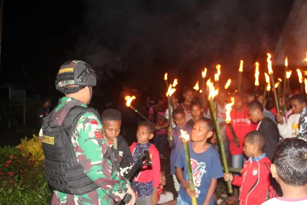 Satgas Yonif 403 Meriahkan Perayaan Paskah di Papua
