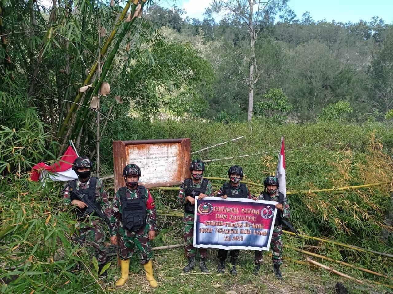 Pasca Banjir, Patop Satgas Pamtas Yonif 742/SWY Cek Patok Yang Diduga Hilang