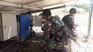 Tiga Tahun Tidak Berfungsi, Satgas Yonif 131 Perbaiki PLTS Kampung Skofpro, Papua
