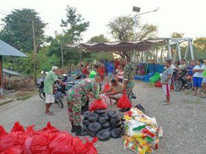 Brigif 21 Bantu Salurkan Bantuan Kepada Korban Bencana di NTT