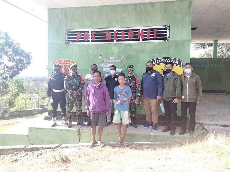 Gelar Patroli Gabungan, Satgas Yonif 742 Amankan 2 Pelintas Batas dan 4 Karung Tembakau Ilegal