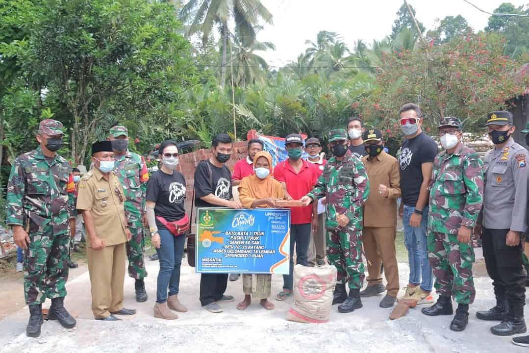 Divif 2 Kostrad Bersama Lippo Malls Jatim Bantu 45 Truk Bahan Bangunan Kepada Korban Gempa Kabupaten Malang