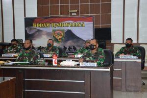 Pangdam II/Swj Ikuti Vicon Dengan Kasad Rencana Vaksinasi Covid – 19 Bagi Purnawirawan/Warakawuri TNI AD se- Indonesia