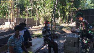 Satgas Yonif 742 Gelar Sosialisasi Prokes dan Dirikan Pos Covid-91 di Perbatasan
