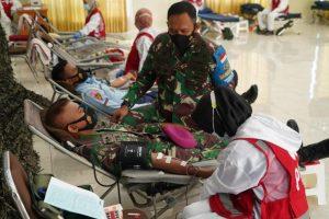 Sambut HUT Ke – 64 Kodam IX/Udayana, Korem 162/WB Baksos Donor Darah