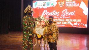 Berkat Sinergitas TNI Polri Dalam Membina Mahasiswa Papua di NTB, Tersaji Dalam Pentas Seni Peringatan Hari Lahir Pancasila