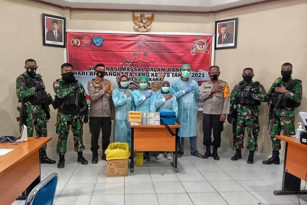 Ciptakan Keamanan Kondusif di Tolikara, Satgas Yonif 751/VJS Bersinergi Dengan Polri