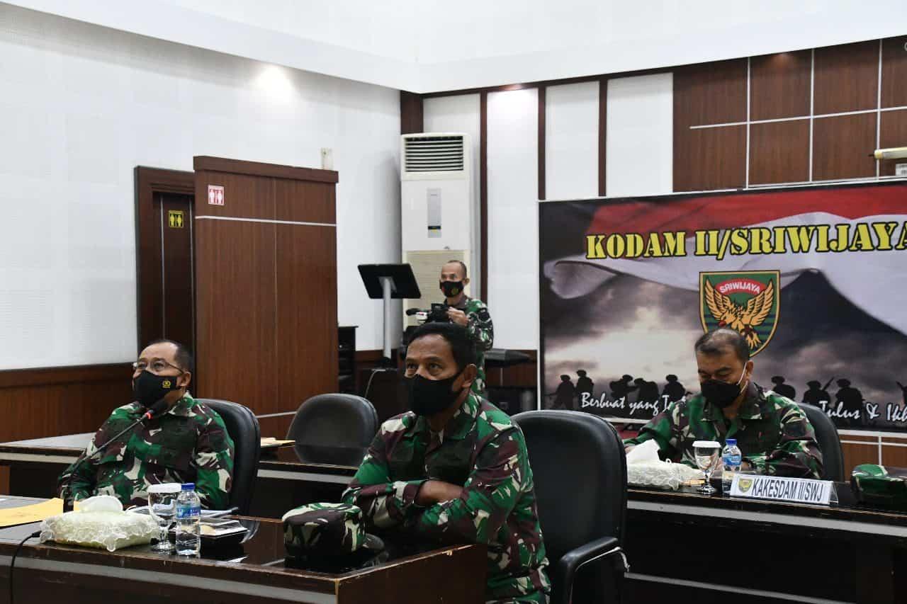 Pangdam II/Sriwijaya Ikuti Rakor Percepatan Penanganan Covid-19 Melalui Vicon Bersama Kepala Staf Kepresidenan