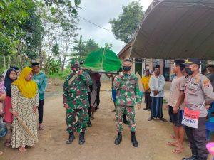 Ikut Berduka, Satgas Yonif 611/Awang Long Bantu Pemakaman Warga di Papua