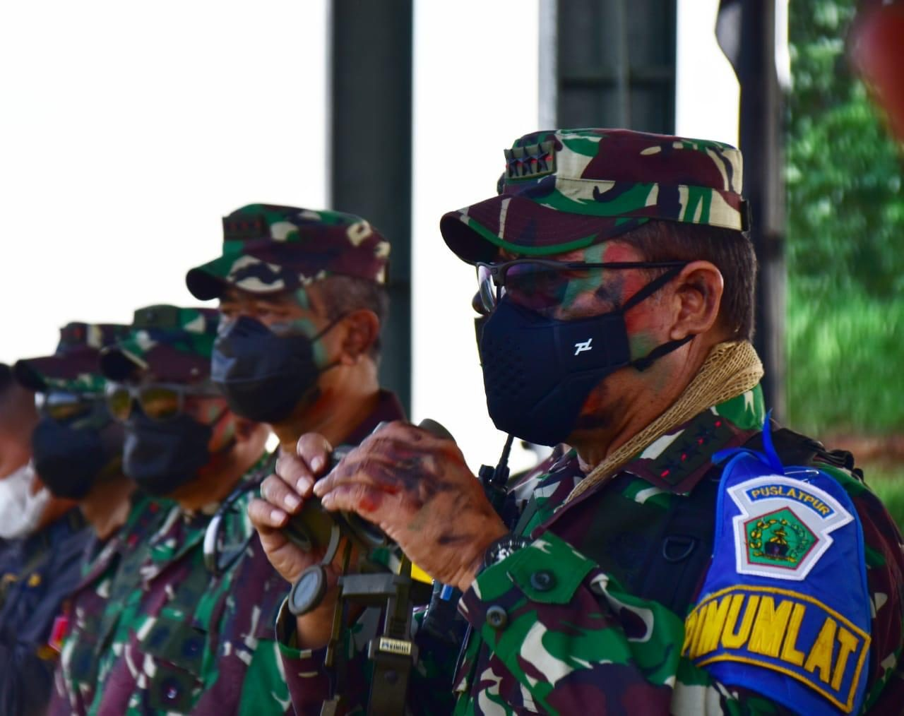 Dankodiklatad Tinjau Puncak Latihan tempur YTP Mek 203/AK Kodam Jaya