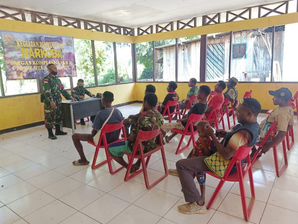 Cegah Peredaran dan Penyalahgunaan Narkoba, Satgas Yonif 512/QY Gelar Penyuluhan Bahaya Narkoba di Papua