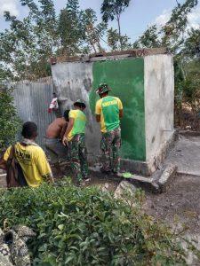 Terbengkalai dan Tak Terawat, Satgas Yonarmed 6/3 Perbaiki Bak Penampungan Air Dusun Oelbinose