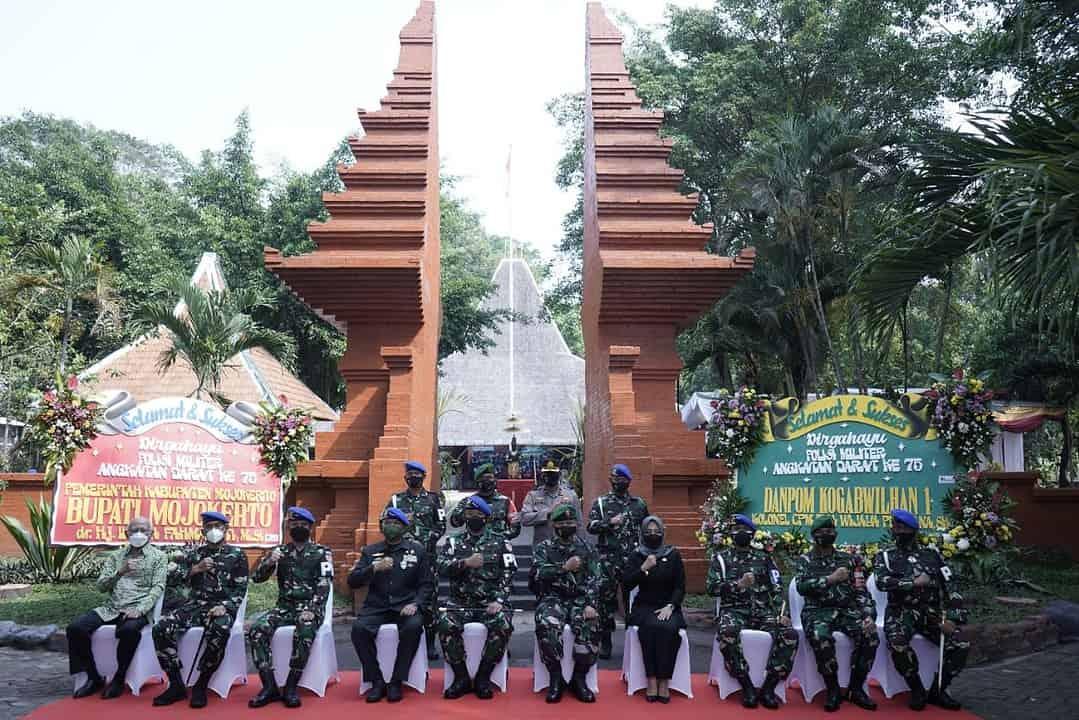 Napak tilas di pusat Kerajaan Majapahit peringati HUT Ke-75 Pomad