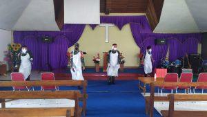 Cegah Covid-19, Satgas Yonif Mekanis 643/Wns Lakukan Penyemprotan Disinfektan di Sekolah, Rumah Warga dan Tempat Ibadah