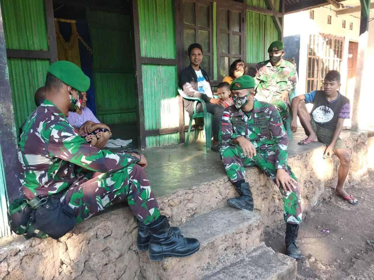 Anjangsana ke Warga Binaan, Satgas Yonif 742 Bangun Keharmonisan Dengan Masyarakat