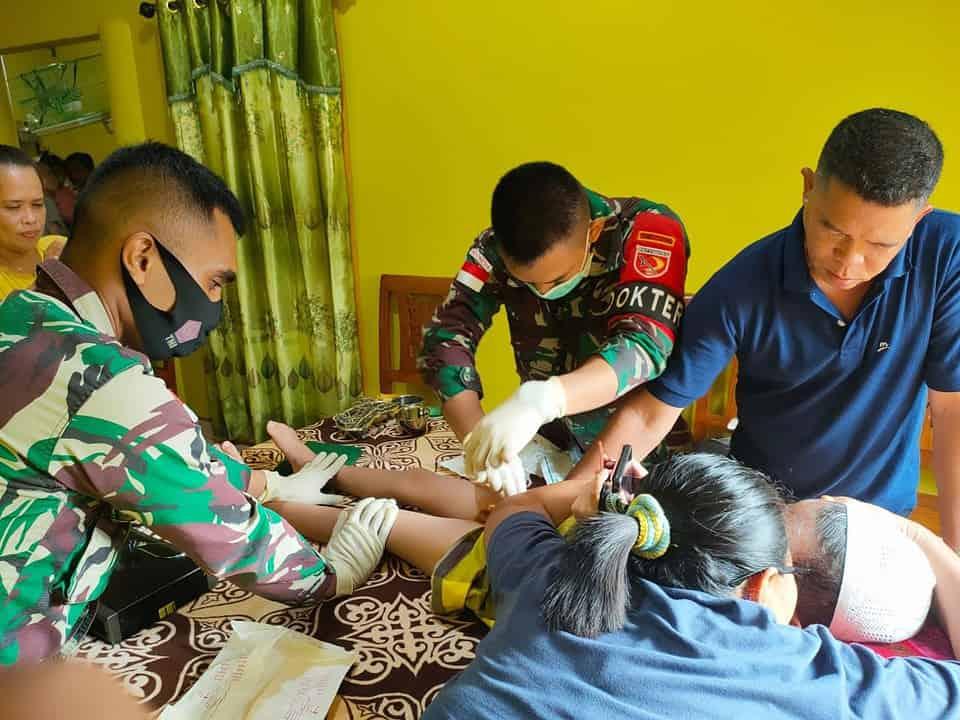 Satgas Yonif 734 Gelar Khitanan Gratis Di Dusun Lapiaso