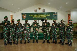 Pimpin Pelepasan dan Penerimaan Pejabat Kodam, Pangdam XVIII/Kasuari Sampaikan Makna Tugas Bagi Seorang Perwira