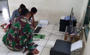 Satgas Yonarmed 6/3 Ajari Anak-Anak Perbatasan Pengetahuan Komputer