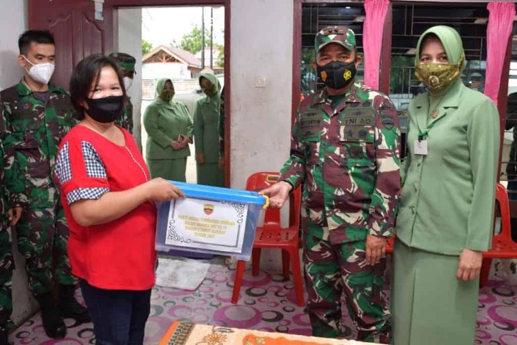 Pangdam dan Ketua Persit KCK Daerah I/BB Berkunjung ke Panti Asuhan
