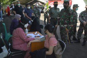 Dukung 1 Juta Vaksin, Danrem 061/SK Pantau Serbuan Vaksinasi di RS. Salak Bogor
