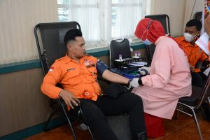 Peringati HUT Ke-40, Korem 044/Gapo Gelar Donor Darah