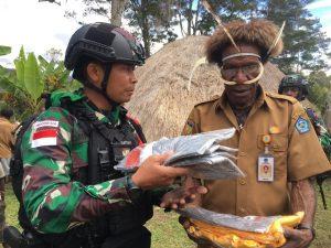 Perkuat Persatuan dan Kesatuan, Satgas Yonif 751/VJS Gelar Integrasi Sosial di Distrik Napua