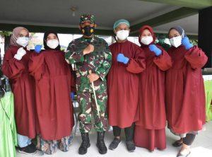 Pangdam I/BB Beri Semangat Vaksinator Pada Serbuan Vaksinasi Covid-19