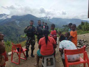 Peduli Generasi Muda Papua, Satgas Yonif RK 751/VJS Lakukan Pendekatan Hingga Pembekalan Secara Non Formal