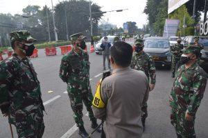 Penegakkan PPKM, Danrem 061/SK Minta Aparat Yang Bertugas Tetap Humanis