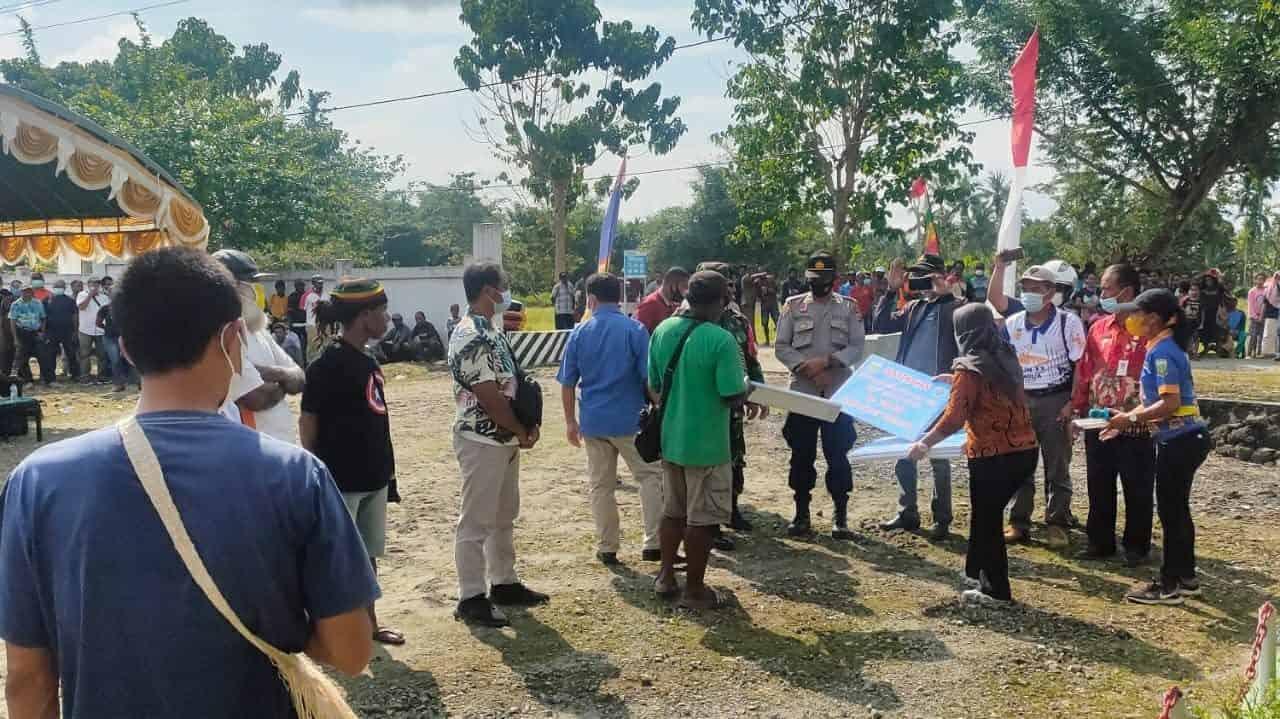 Satgas Yonif 512/QY Amankan Penyaluran Dana Desa di Wilayah Perbatasan Papua