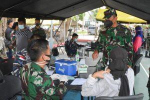 Serbuan Vaksinasi TNI-Polri Serentak Untuk Warga Jayapura