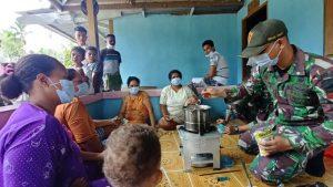 Cegah Covid 19 TNI Ajarkan Pembuatan Wedang Jahe ala Pos Skamto di Papua