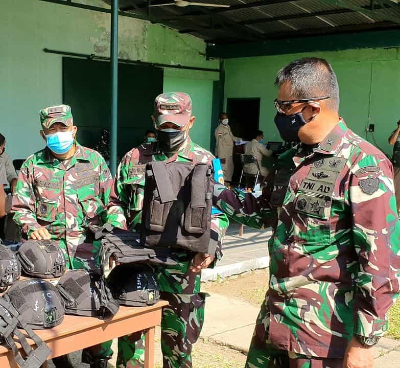 Lindungi Prajurit Satgas Operasi, Dislitbangad Uji Fungsi/Uji Terima Balistic Helmet Level III A dan Body Armour Plate Level III + Soft Armour