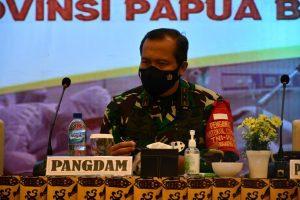 Pangdam XVIII/Kasuari Himbau Kerja Sama dan Sinergi Turunkan PPKM di Sorong
