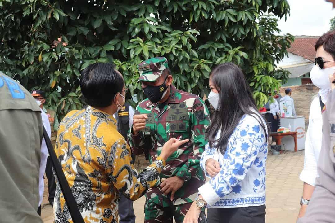 Pangdam II/Sriwijaya Dampingi Kunker Menko Perekonomian RI dan Kepala BNPB Pusat di Provinsi Lampung