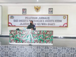 Tingkatkan Kualitas Insan Penerangan di Satuan, Korem 162/WB Gelar Pelatihan Jurnalistik