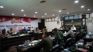 Tindak Lanjut Arahan Presiden RI, Pangdam II/Sriwijaya dan Kapolda Pimpin Rakor Terkait PPKM di Wilayah Sumsel