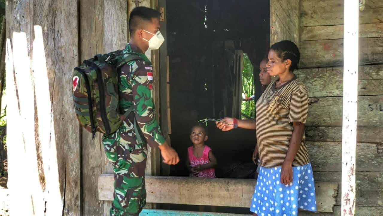 Pelayanan Kesehatan Door To Door, Satgas Yonif 512/QY Pergencar Imbauan Patuhi Prokes