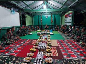 Puncak Peringatan HUT Yonif 403/WP ke-56, Satgas Pamtas Yonif 403/WP Laksanakan Syukuran di Wilayah Perbatasan RI-PNG