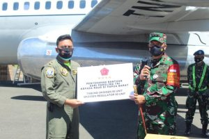 Kodam XVIII/Kasuari Terima Bantuan Alkes Dari Panglima TNI Untuk Masyarakat Papua Barat