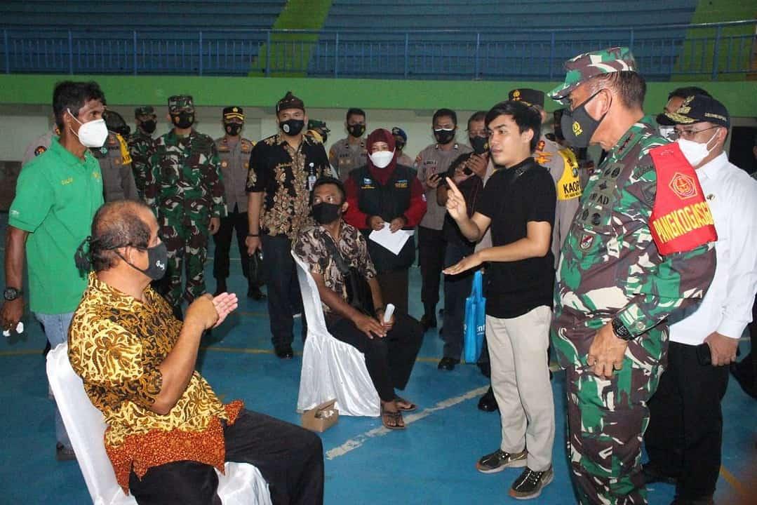 Pangdam II/Sriwijaya Tinjau PPKM dan Vaksinasi Kepada Warga Disabilitas di Kepri dan Babel