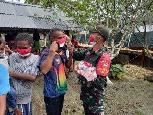 Gandeng HCPI-JS dan PMI, Satgas Yonif 131 Gelar Baksos di Papua