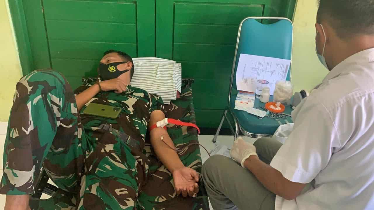 Penuhi Kebutuhan Darah PMI, Satgas Yonif 742 Gelar Donor Darah di Perbatasan