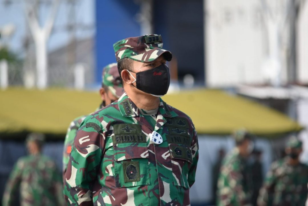 Kasrem 043/Gatam Sambut Kedatangan Peserta Latihan Kogasgabratmin TNI dan Lattis YTP R 641/BRU di Pelabuhan Panjang, Lampung