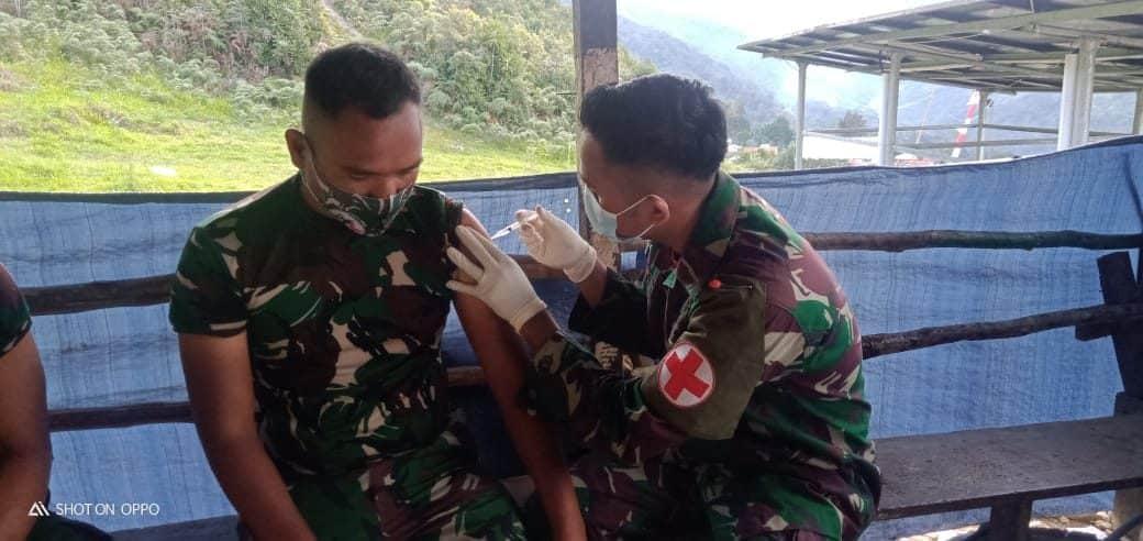 Jaga Imun Prajurit, Satgas Yonmek 403 Laksanakan Suntik Vaksin Tahap Dua