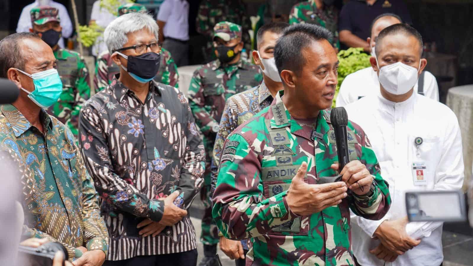 Kasad Menerima Penyerahan Sertifikat Tanah Daerah Latihan TNI AD di Kebumen