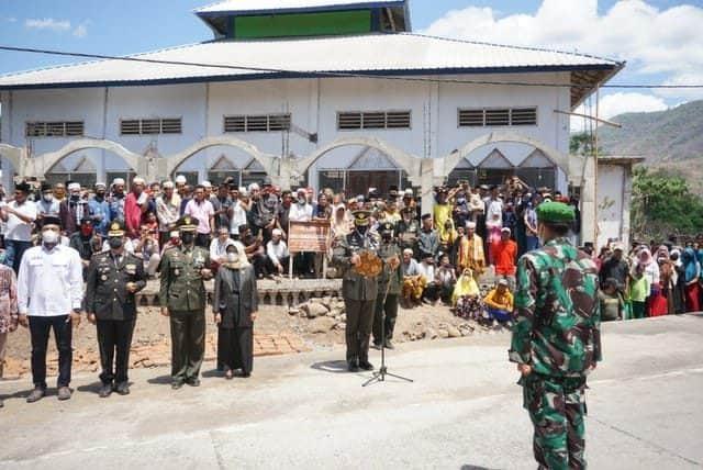 Danrem 162/WB Pimpin Upacara Militer Penerimaan dan Pemakaman Jenazah Kapten Chb Anumerta Dirman