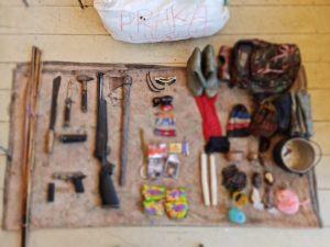 Satgas Yonif Para Raider 501/BY Peroleh Senjata Api dan Alat Perang Dari KST Papua